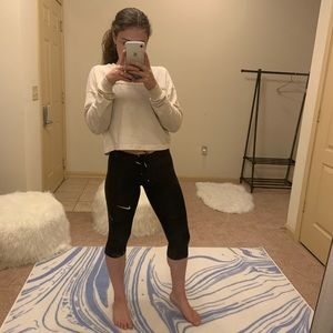 Black Cropped Nike Leggings